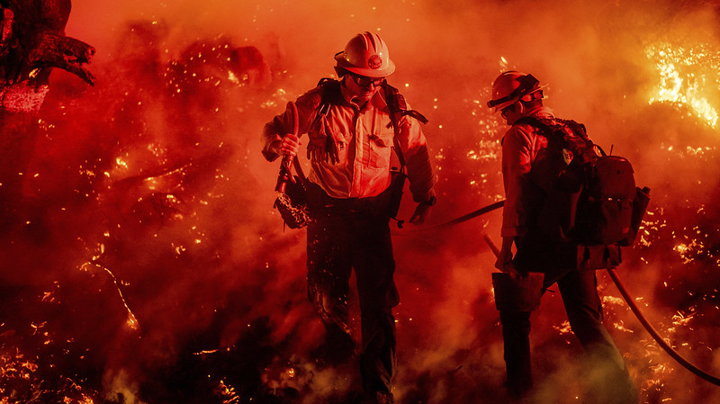 New Southern California Wildfire Grows To About 9,000 Acres
