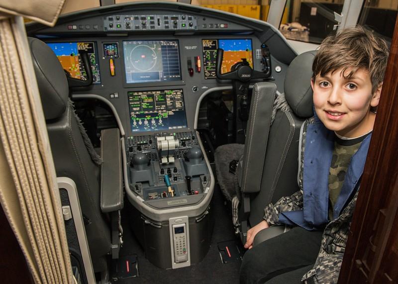 Cub-Scouts-airplane-2-7721.jpg
