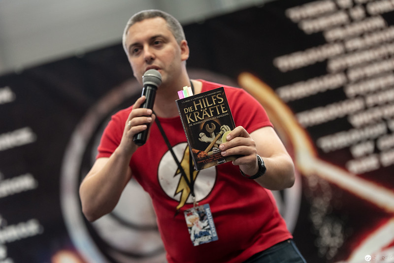 Autor Stefan Cernohuby bei seiner Lesung auf der Vienna ComicCon 2018