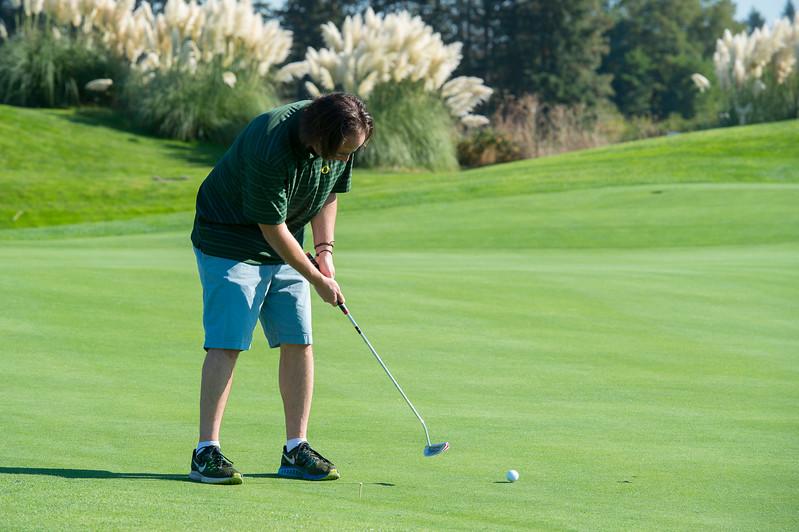 2017 Golf Classic-6428-300 DPI.JPG