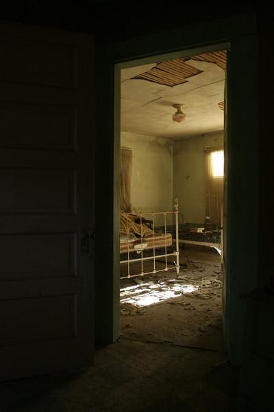 Elliot Doorway