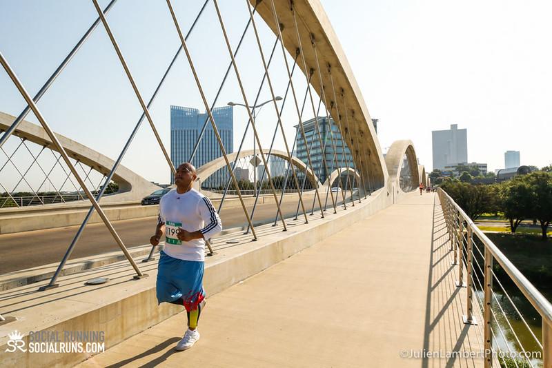 Fort Worth-Social Running_917-0344.jpg