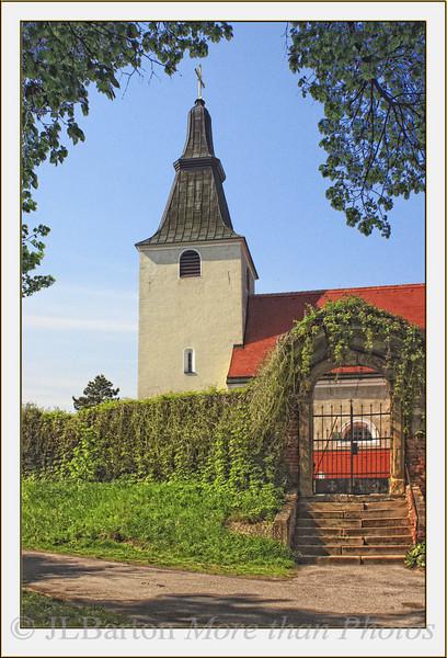 The Church at Stillfried Kirche zum Heiligen Georg The tower is from the 12th century.