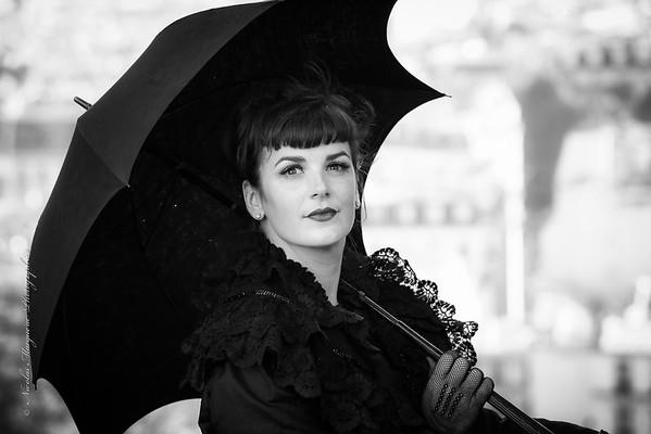 Angie Bouffant à Montmartre