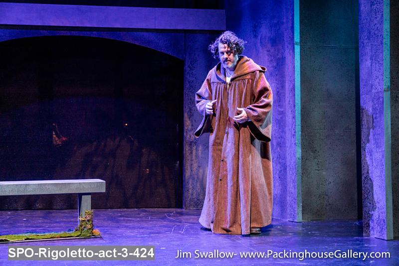 SPO-Rigoletto-act-3-424.jpg