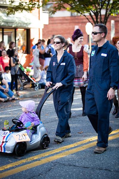 Del Ray Halloween Parade 580.jpg
