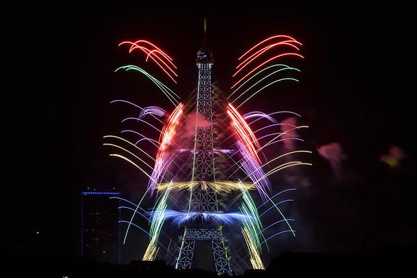 FIREWORKS-FEU 14 JUILLET 2017 - PARIS