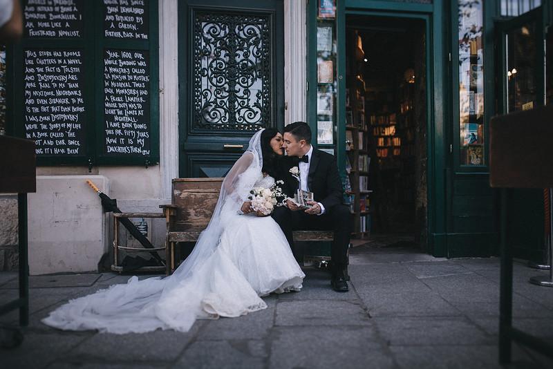 Tu-Nguyen-Destination-Wedding-Photography-Elopement-Paris-Janee-Danny-w-261.jpg