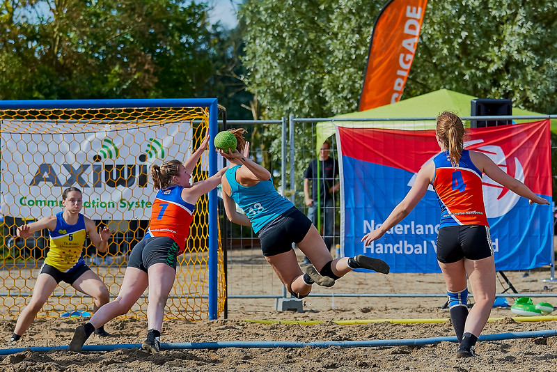 Molecaten NK Beach Handball 2016 dag 2 img 742.jpg