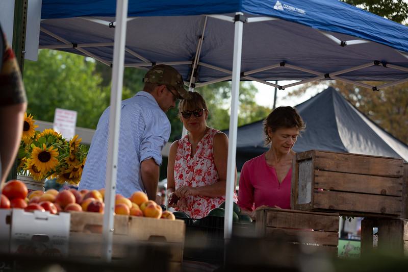 Del Ray Farmers Market 018.jpg