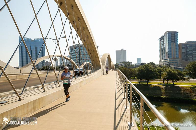 Fort Worth-Social Running_917-0516.jpg