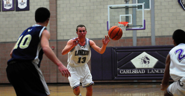Carlsbad vs La Costa Basketball