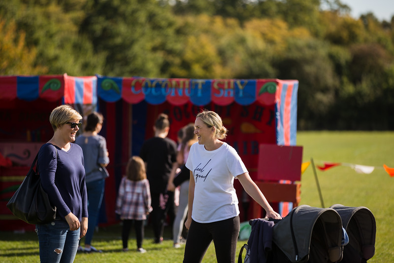 bensavellphotography_lloyds_clinical_homecare_family_fun_day_event_photography (246 of 405).jpg