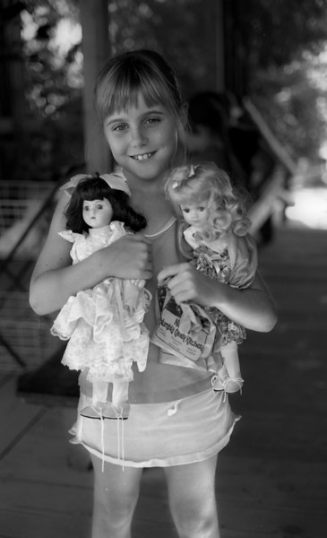 Elena and dolls, Columbia