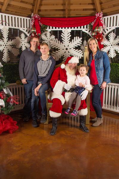Santa 12-16-17-115.jpg