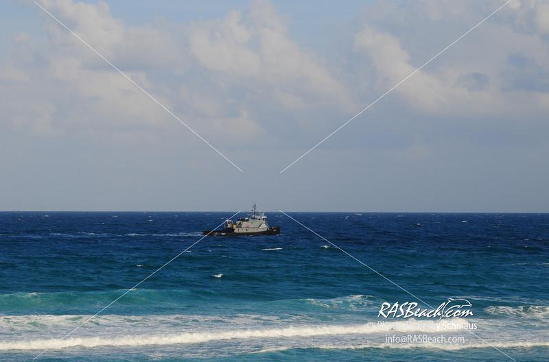 20090424Beach_Boat-37.jpg