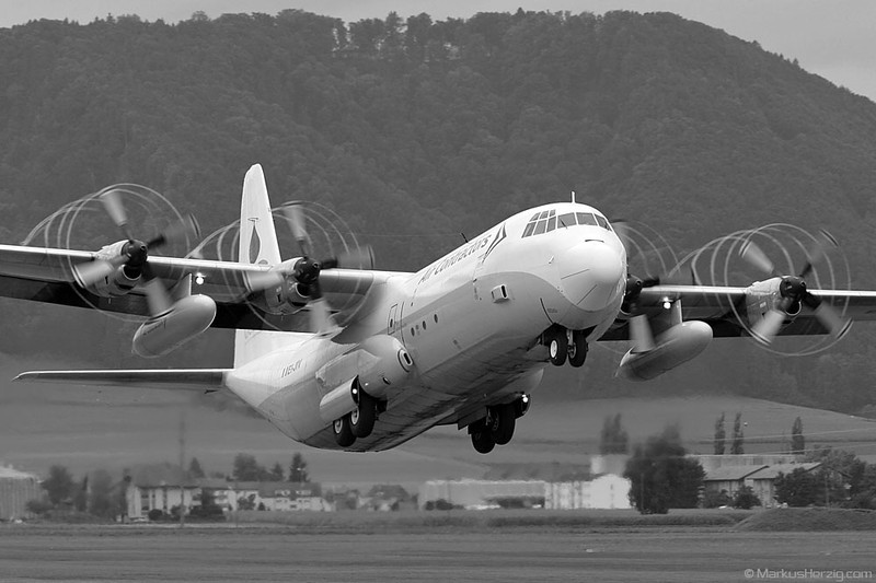 EI-JIV L382G Air Contractors @ Bern Switzerland 17Sep05