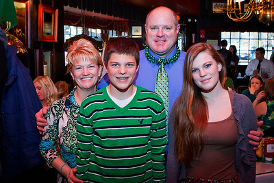 MARTINS TAVERN ST PADDY'S DAY 2013