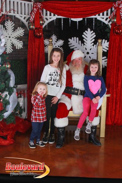 Santa 12-17-16-430.jpg