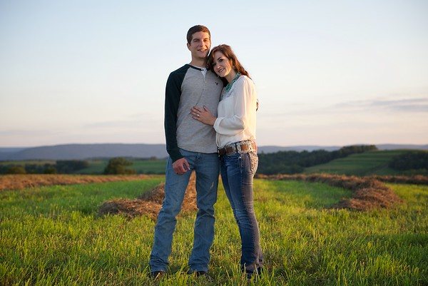 Jena & Zach's Engagement Photos
