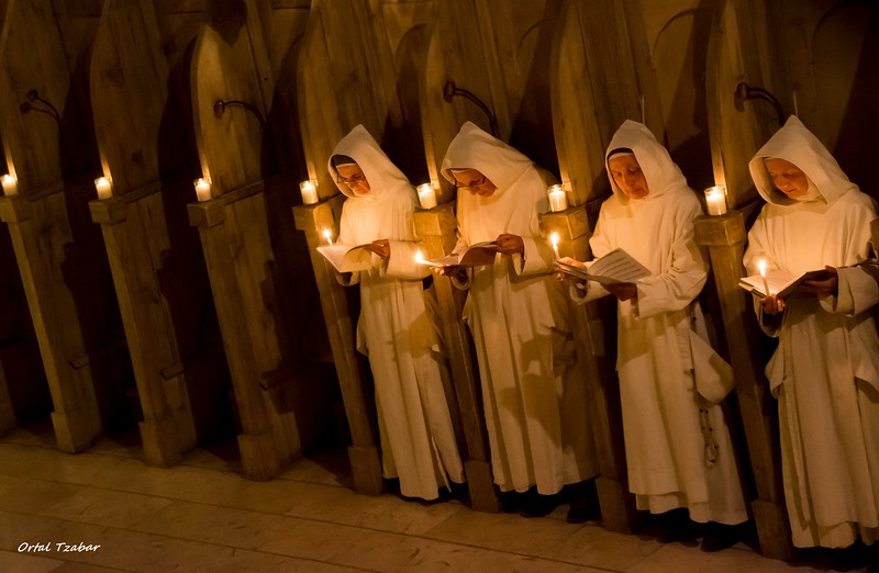 נזירות7.jpg