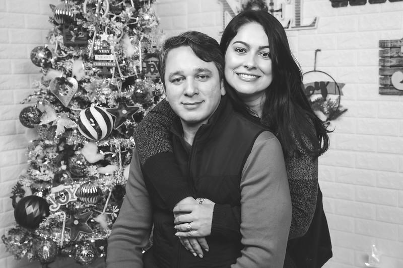 12.21.19 - Marceli's Christmas Photo Session 2019 - -12.jpg