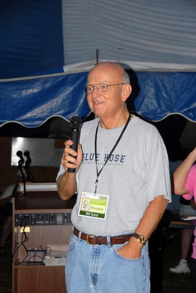 Bill Scott, President of Chattahoochee Fuller Center Project, makes announcements. cl