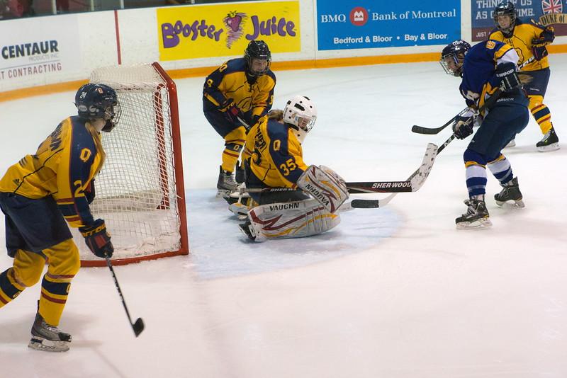 20130310 QWHockeyvsUBC 313.jpg