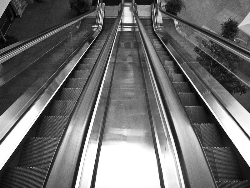 nov11-escalator-1.jpg
