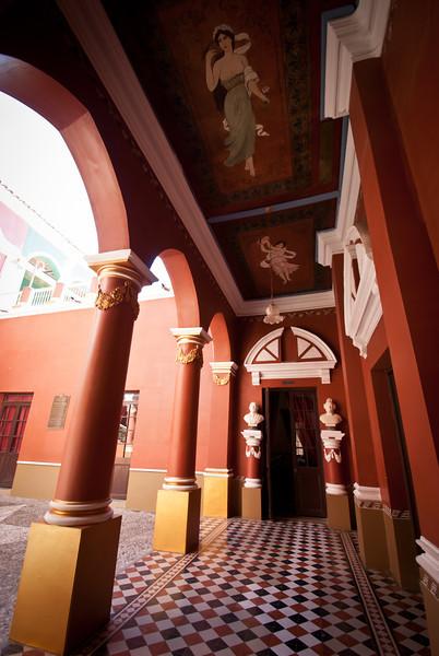 Tarija 201205 Casa de Oro (26).jpg