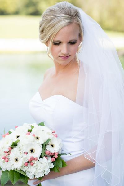 bridal-portrait (15 of 23).jpg