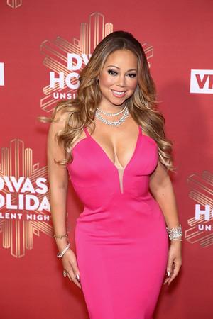 VH1 DIVAS HOLIDAY: UNSILENT NIGHT-BROOKLYN NY