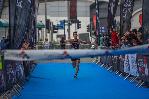 Cardiff Triathlon - Elite Men Finish Pictures