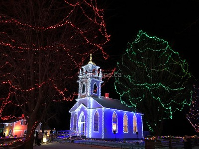 Upper Canada Village Christmas Lights Tour • Dec 27-28, 2018