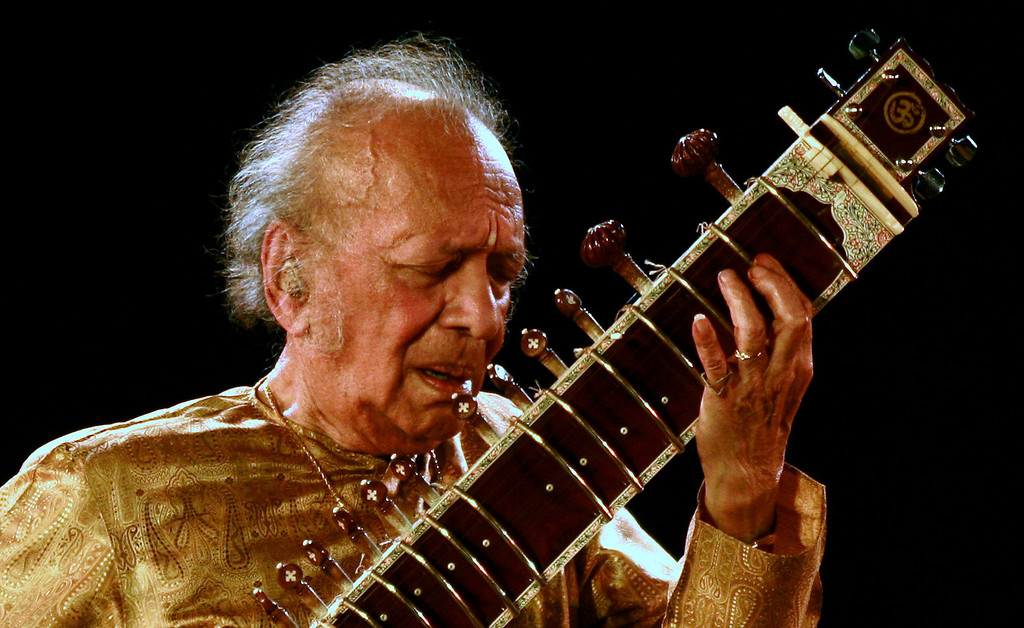 . Indian sitar player Ravi Shankar performs in the eastern Indian city of Kolkata in this February 7, 2009 file photo. Sitarist and composer Shankar has died in San Diego, media reports said on December 12, 2012. Shankar, 92, a three-time Grammy winner with legendary appearances at the 1967 Monterey Pop festival and Woodstock, was admitted to hospital last week after he complained of breathlessness, the Hindu reported. REUTERS/Jayanta Shaw/Files