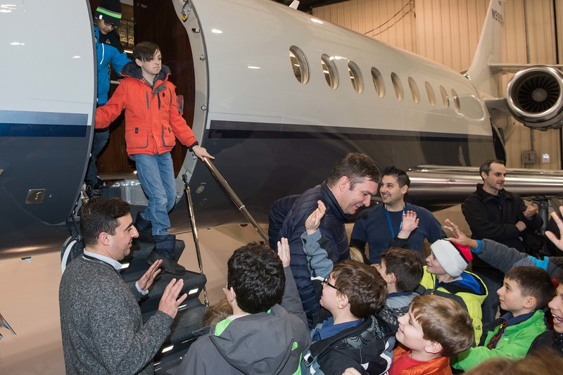 Cub-Scouts-airplane-2-7698.jpg