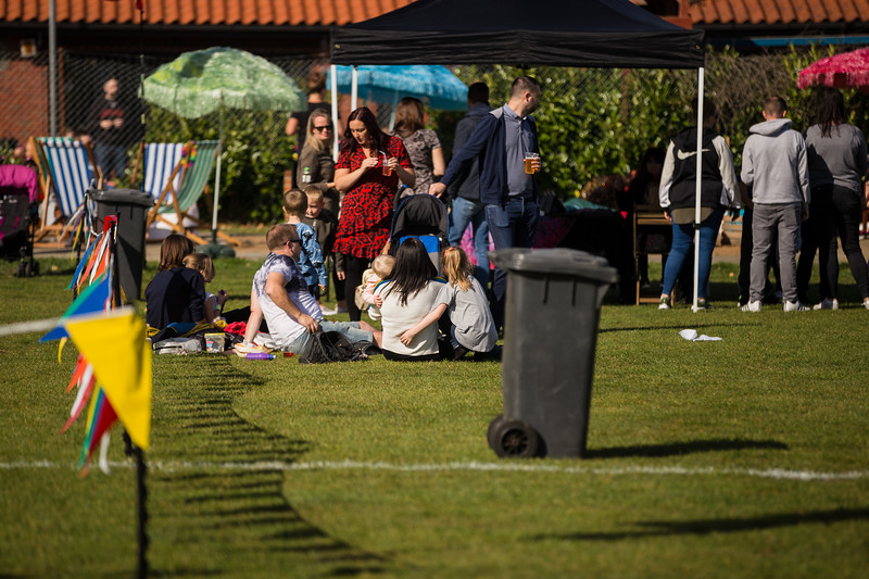 bensavellphotography_lloyds_clinical_homecare_family_fun_day_event_photography (178 of 405).jpg