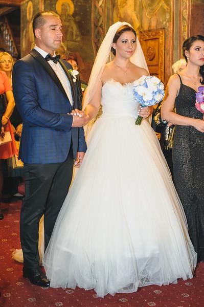 Andreea-biserica-18-October-2014-Nunta--LD2_7626Liviu-Dumitru.jpg