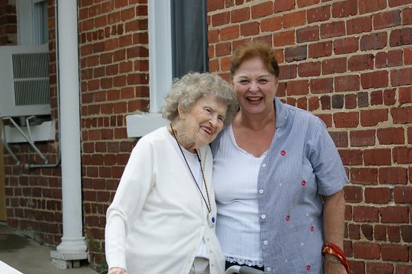 AuntKay and AuntRowena  Tenn_NC 08