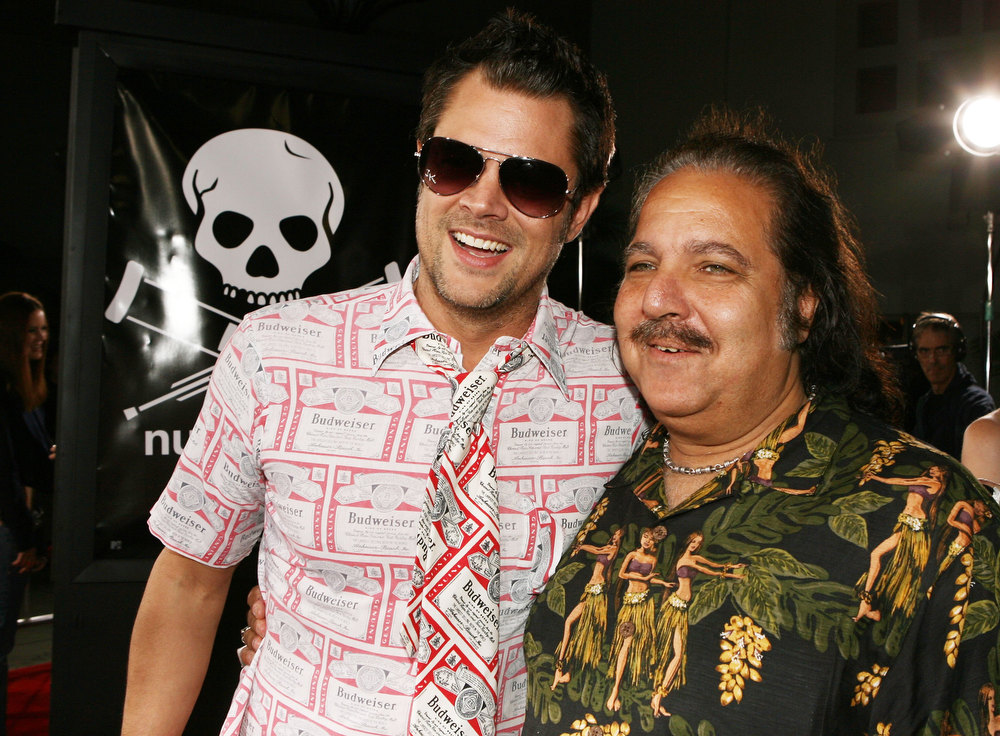 ". Actor Johnny Knoxville (L) and porn star Ron Jeremy pose at the premiere of Paramount\'s ""Jackass Number Two\"" at the Chinese Theater on September 21, 2006 in Los Angeles, California. (Photo by Kevin Winter/Getty Images)"