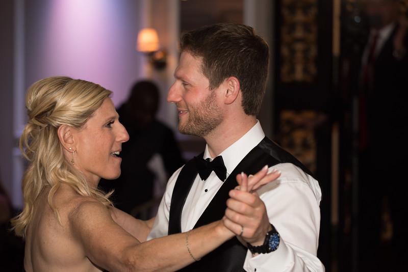 Wedding (377) Sean & Emily by Art M Altman 3542 2017-Oct (2nd shooter).jpg