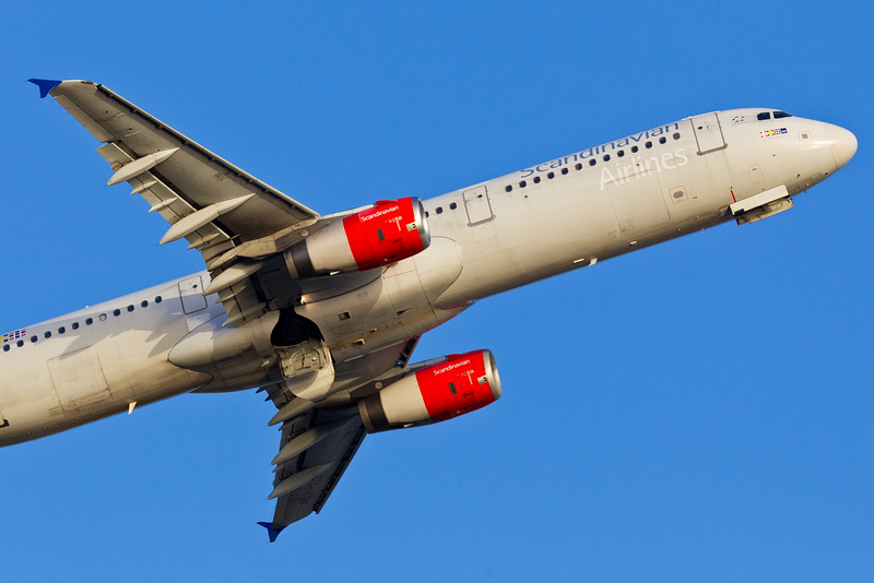 OY-KBF-AirbusA321-232-SAS-CPH-EKCH-2011-04-10-_O7F7371-DanishAviationPhoto.jpg