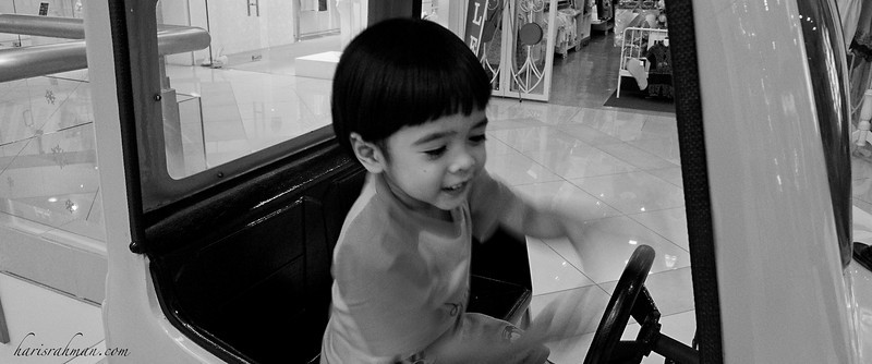 Day Out at Hartamas 1  After lunch, Irfan decided to take a ride while Anita looked around window shopping.