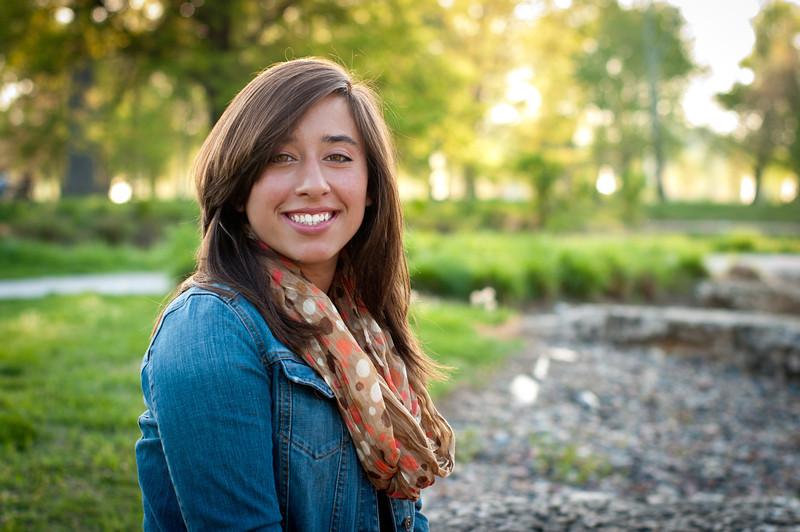 20120402-Senior - Alyssa Carnes-3083 - edit.jpg