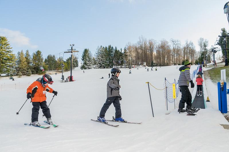 Beginners-Area_Snow-Trails-7718.jpg