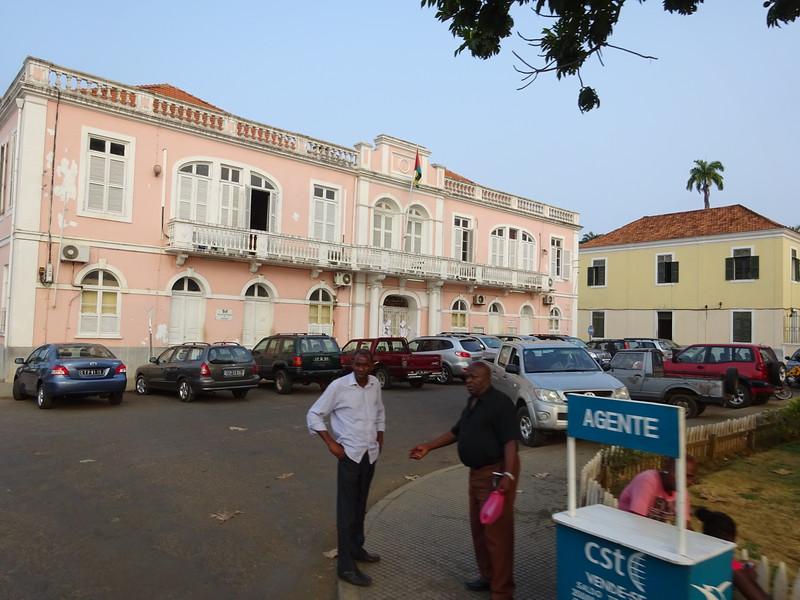 016_Sao Tome Island. Colonial Building.JPG