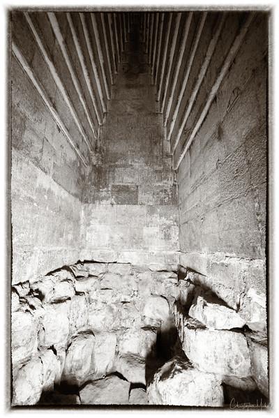 saqqara_unas_tomb_serapeum_dahshur_red_bent_pyramid_20130220_5846.jpg