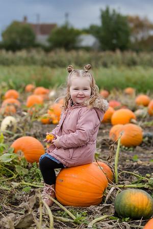 Arabella @ The Pumpkin Patch 20