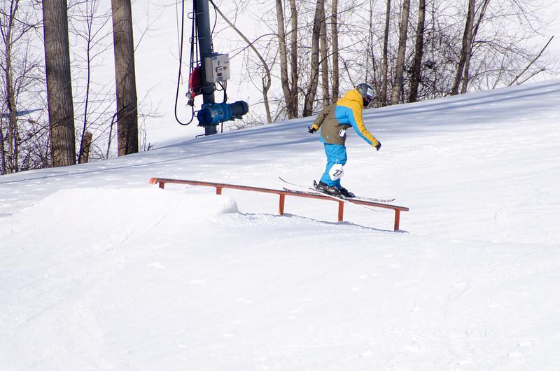 Snow-Trails-Rail-Jam-8133.jpg