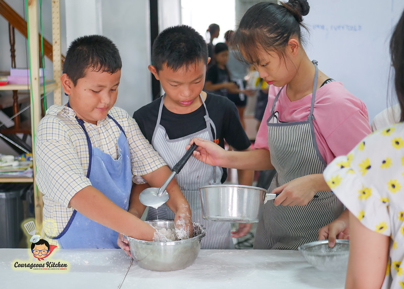 kids cooking camp-1.jpg